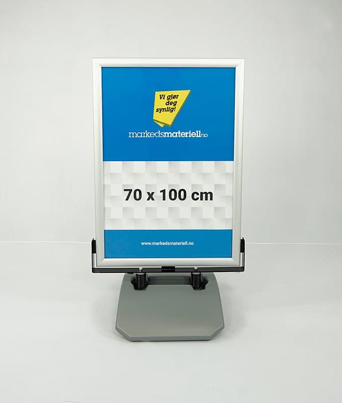 Gatebukk ekstra hardfør 70x100 cm fra Markedsmateriell.no