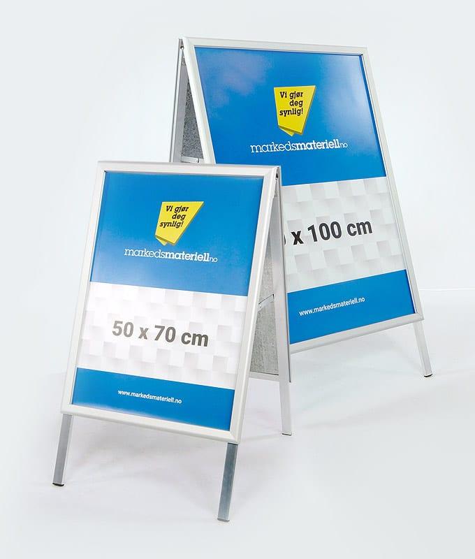 Gatebukk klassisk 50×70 og 70×100 cm med klemlist aluminium fra Markedsmateriell.no