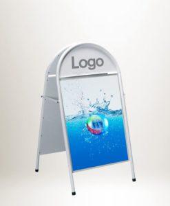 Gatebukk Buet med Logofelt - reklamebukk fra Markedsmateriell.no