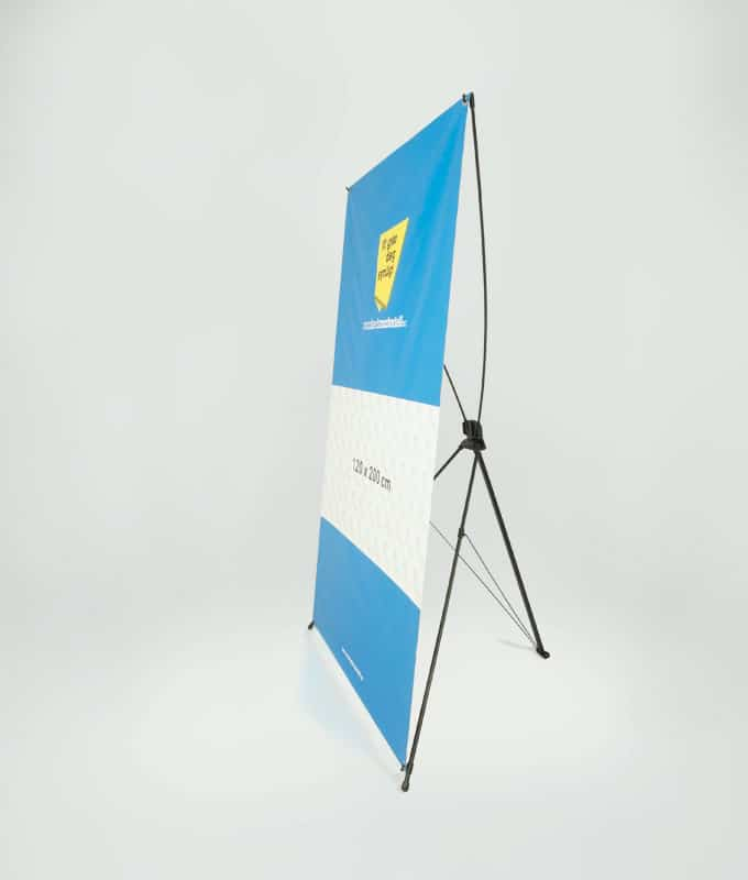 X-Banner display stativ system for store bannere fra Markedsmateriell.no