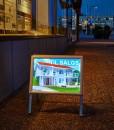 Gatebukk med lys, visningsbukk med led lys, belyst gatebukk fra Markedsmateriell.no