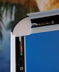 Gatebukk Storformat windsign kundestopper dobbel størrelse fra Markedsmateriell