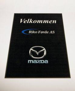 Logomatte med HD trykk Mazda fra Markedsmateriell