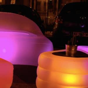 Oppblåsbart bord – med lys!